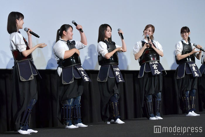 生田絵梨花、富田望生、伊藤万理華、白石麻衣、西野七瀬(C)モデルプレス