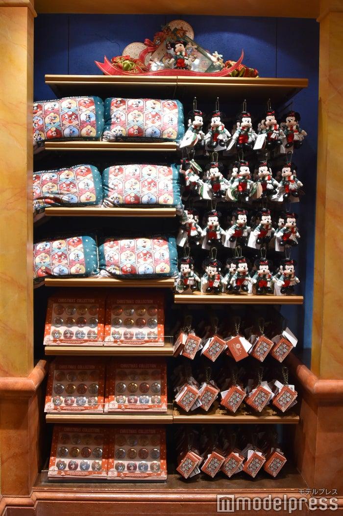 35周年のクリスマスイベントの歴史が彩られたグッズ(C)モデルプレス(C)Disney