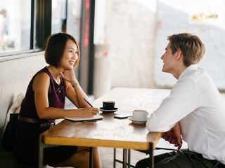 ホントはどう思ってるの…?「恋愛感情を持っている男性」がついしてしまう言動って?