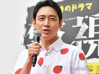 小泉孝太郎、弟・進次郎結婚コメント時のトマトシャツが話題 その真相とは