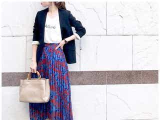 女っぽプリーツスカート×スニーカーでつくる人気の甘辛ミックスコーデ
