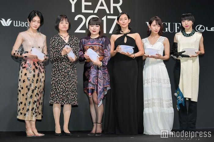 (左から)コムアイ、恩田陸氏、ブルゾンちえみ、木村多江、吉岡里帆、MIKIKO氏 (C)モデルプレス