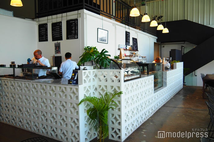 店内にあるカフェスペースでイートインも可能(C)モデルプレス