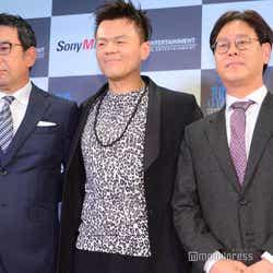 株式会社ソニー・ミュージックエンタテインメント取締役・村松俊亮氏、パク・ジニョン氏、チョン・ウク氏(C)モデルプレス