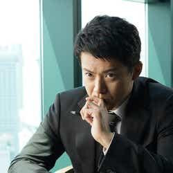 小栗旬(C)2020 映画「罪の声」製作委員会