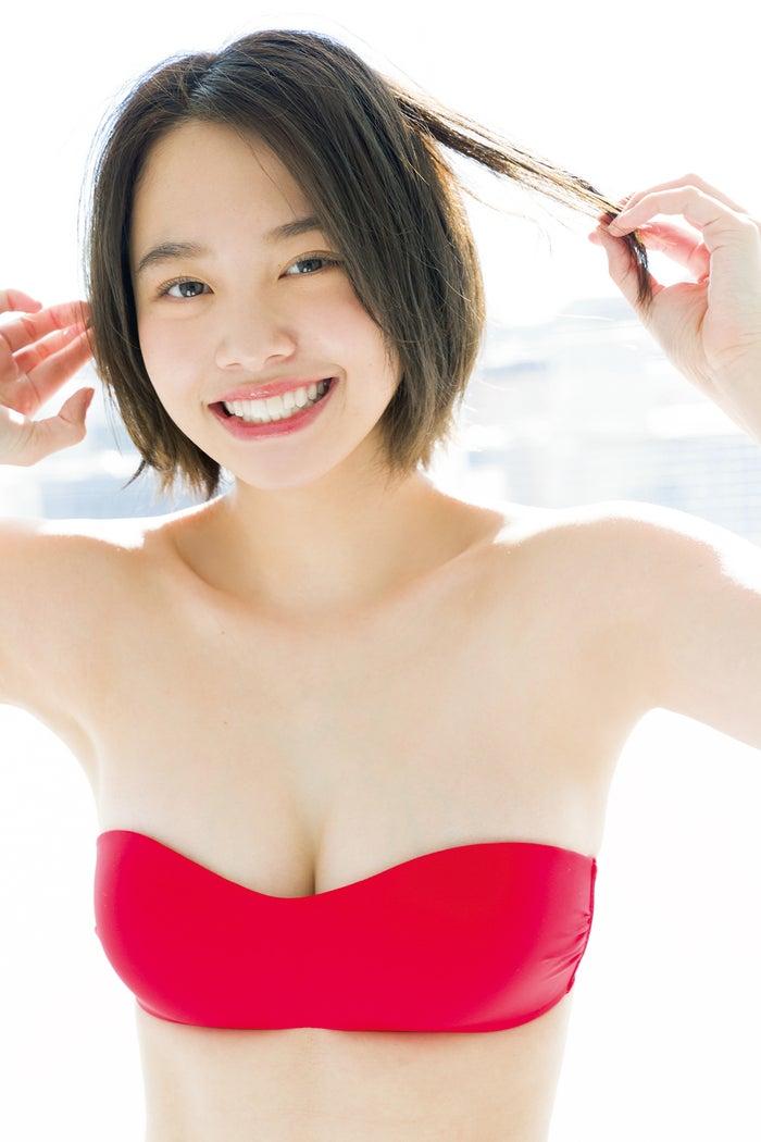 新田あゆな(画像提供:小学館)
