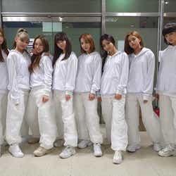 モデルプレス - NiziU、Stray Kids「Back Door」MVサプライズ出演 ミイヒ不在の理由も明かす