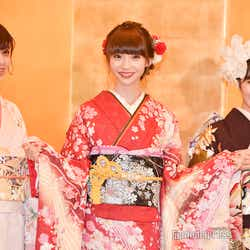 中村歩加、荻野由佳、加藤美南/AKB48グループ成人式記念撮影会 (C)モデルプレス