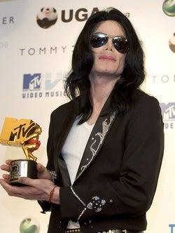 故・マイケル・ジャクソン、新アルバム発売決定<収録曲>