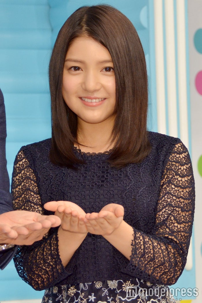 「ZIP!」新総合司会を務める川島海荷(C)モデルプレス