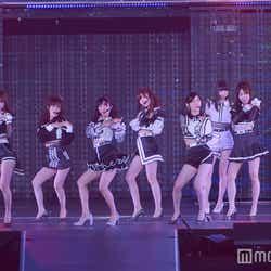 モデルプレス - AKB48、美脚全開で史上最もセクシーなダンス 小栗有以センターシングル初披露