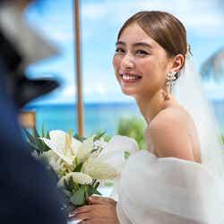 モデルプレス - 内田理央、結婚願望&理想の結婚式明かす ウエディングドレス姿を披露