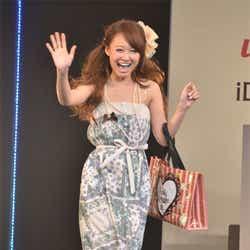 「Popteen」モデル総出演ファッションショー!サプライズゲスト ...