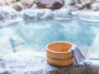 温泉や銭湯で局部を隠す? 年代や地域によって意識に差が…