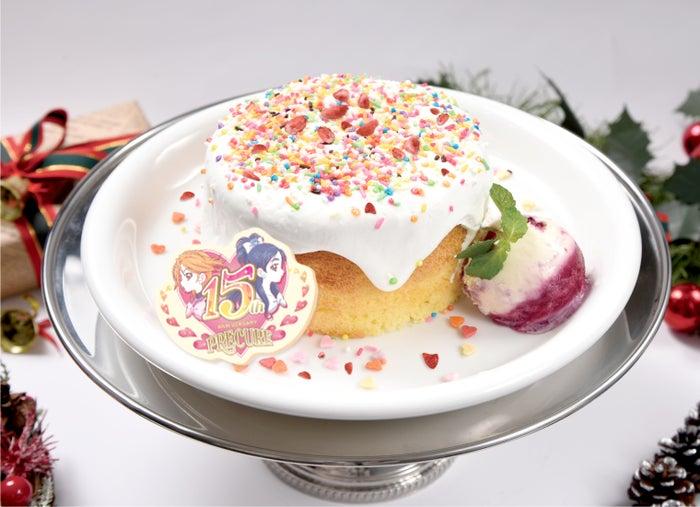 15thセレブレーション ~スペシャルクリスマスケーキ~2,090円(税抜)※12月1日から12月25日まで販売 (C)ABC-A・東映アニメーション