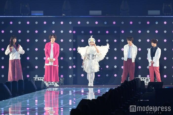 「エイブル&映画『トリガール!』ステージの様子(C)モデルプレス