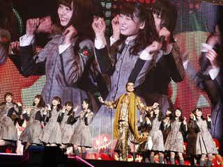 """欅坂46はハロウィン仮装もカッコ良い!ピコ太郎とコラボ、ナオト・インティライミの""""欅坂46Mステ裏話""""も<セットリスト>"""