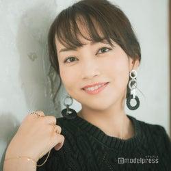 """戸部洋子アナ""""5つの法則""""ヘアメイク・ファッション・会話術…【「フジテレビ×モデルプレス」女性アナウンサー連載】"""