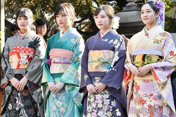 (左から)大園桃子、山下美月、渡辺みり愛、向井葉月(C)モデルプレス