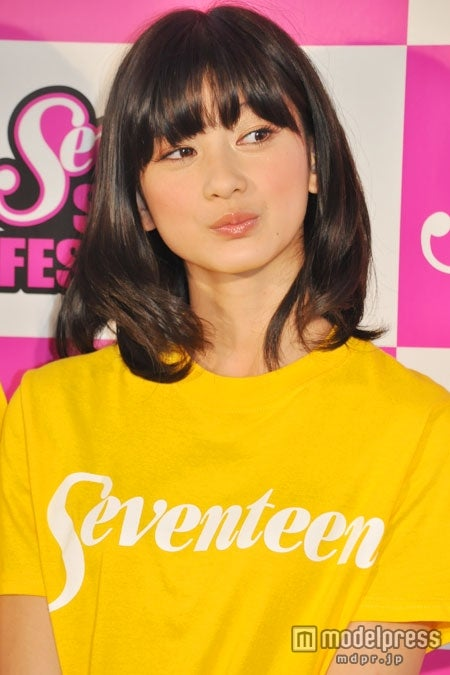 橋爪愛(写真は「Seventeen 夏の学園祭2011」より)