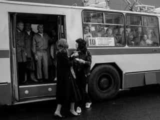 イギ―・ポップの名曲をバスの乗客が歌う『LETO -レト-』本編映像が解禁