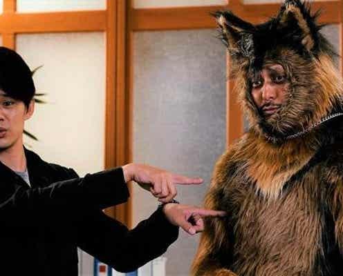 <オリバーな犬、(Gosh!!)このヤロウ>脚本・演出を手掛けるオダギリジョーが「犬」役で出演決定!着ぐるみ姿のビジュアルも解禁