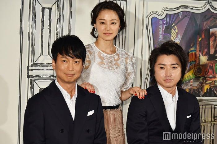 (左から)椎名桔平、中越典子、藤原竜也 (C)モデルプレス