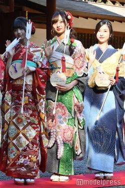齋藤飛鳥、梅澤美波、佐々木琴子(C)モデルプレス