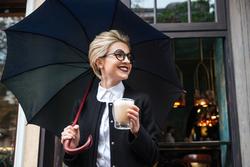 雨の日もHAPPYになれる♡大人の女性が持ちたい傘3選