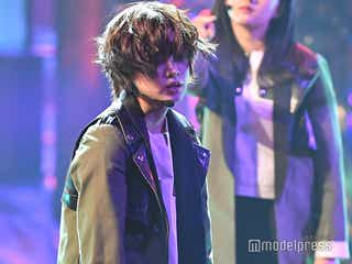 欅坂46、3年連続受賞で「黒い羊」圧巻パフォーマンス「私達にとっても大切な曲」<レコ大>