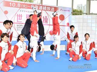 Hey! Say! JUMP知念侑李、倒立でフォトセッション参加 筋力に松岡修造も驚き「ゼロ支えですよ」