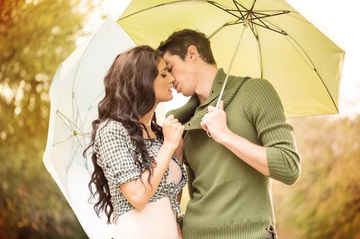 キスで彼の愛情をチェックしてみて(Photo-by-milanmarkovic78/Fotolia)