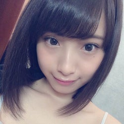 """日本一かわいい女子高生""""りこぴん""""「サンデー」表紙に抜てき<オフショット&コメント到着>"""