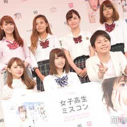 (前列左から)ちぃぽぽ、りこぴん、井上裕介(後列左から)みづき、あやたむ、まゆ、あーちゅん(C)モデルプレス