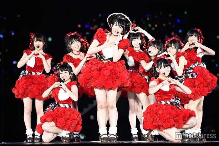 「AKB48ヤングメンバー全国ツアー~未来は今から作られる~」初日公演の様子(C)AKS