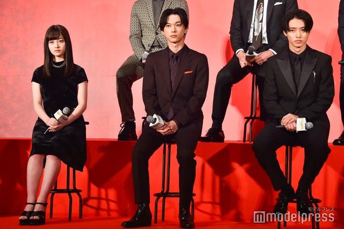 映画『キングダム』製作報告会見(左から)橋本環奈、吉沢亮、山崎賢人 (C)モデルプレス