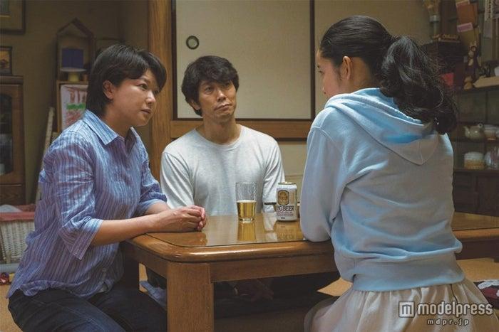 左から:夏川結衣、佐々木蔵之介、藤野涼子(C)2015 「ソロモンの偽証」製作委員会