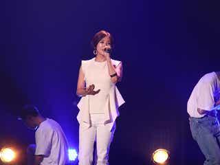 伊藤千晃、ファンクラブツアー開幕 初歌唱の楽曲も<CHEERS CHOICE>