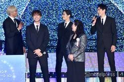 (後列左から)関口メンディー、片寄涼太、塩野瑛久、町田啓太(C)モデルプレス