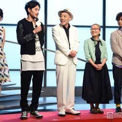 (左から)前田敦子、松田龍平、柄本明、もたいまさこ、千葉雄大(C)モデルプレス