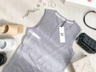 色違いで買ってもいい!大人気ユニクロ+J「名品Tシャツ」はまだ残ってるから急いで!