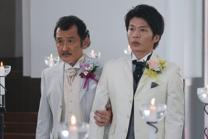 吉田鋼太郎、田中圭/「おっさんずラブ」最終話より(C)テレビ朝日