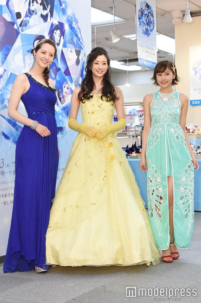 (左から)春香クリスティーン、足立梨花、佐野ひなこ(C)モデルプレス