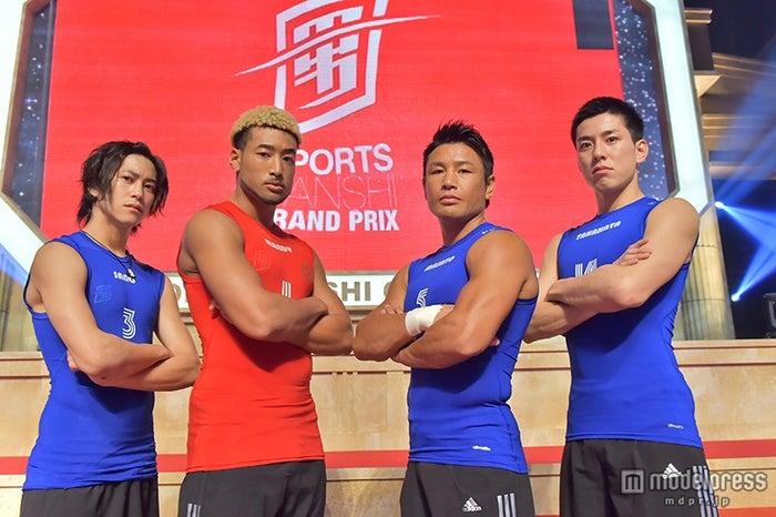 「究極の男は誰だ!?最強スポーツ男子頂上決戦」(左から)佐野岳、関口メンディー、魔裟斗、高畑裕太