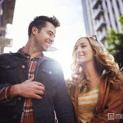 モデルプレス - 男性が「心を開いても良いかも」と思える女性の特徴5つ