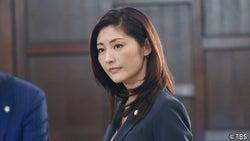 常盤貴子、16年ぶりに弁護士復帰する妻を熱演!唐沢寿明演じる夫の疑惑は晴らせるのか?『グッドワイフ』