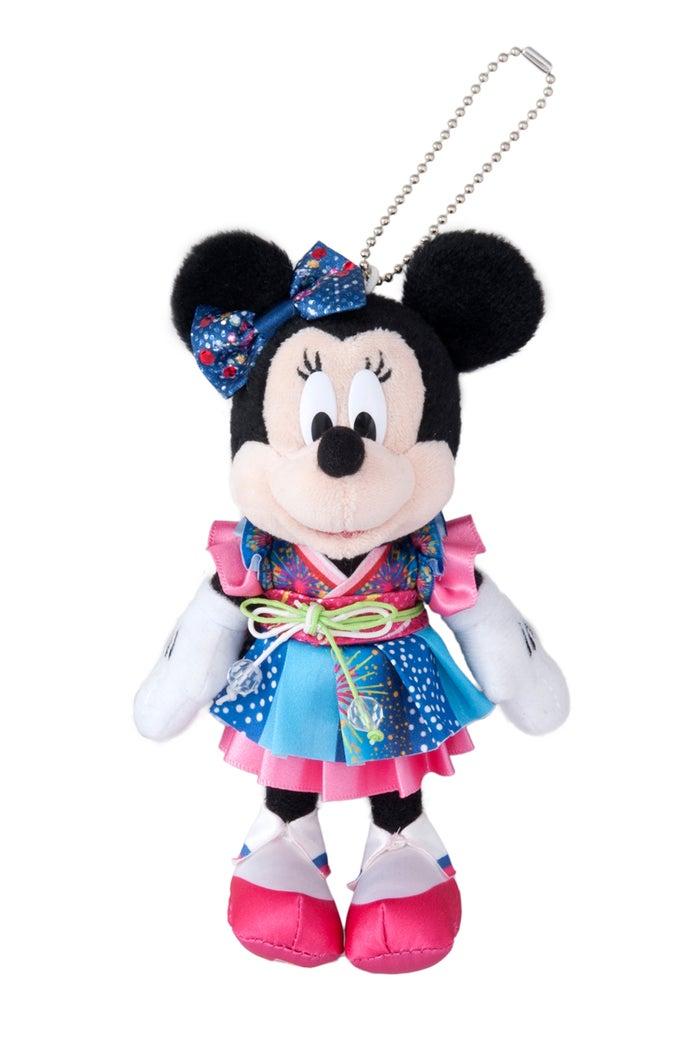 ぬいぐるみバッジ(¥1,700)(C)Disney
