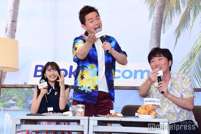 佐野ひなこ、井戸田潤、小沢一敬(C)モデルプレス