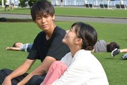 (左から)竹内涼真、高畑充希(C)日本テレビ