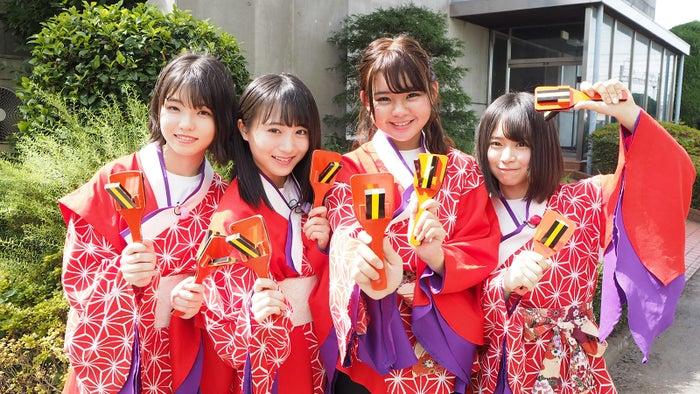 (左から)高橋彩音、坂口渚沙、宮里莉羅、倉野尾成美(C)AKS